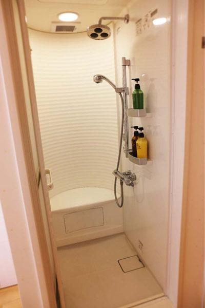 個室シャワー